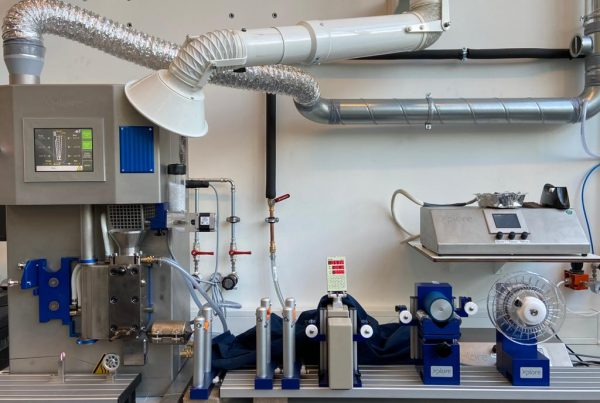Strong recyclable 3D printed thermoplastic composites